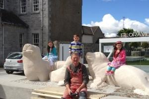 Embracing Seals Sculpture