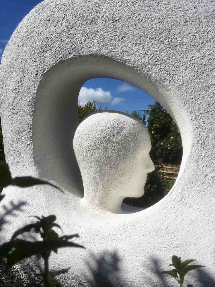 head-space-sculpture-Artist_Paul_D'Arcy