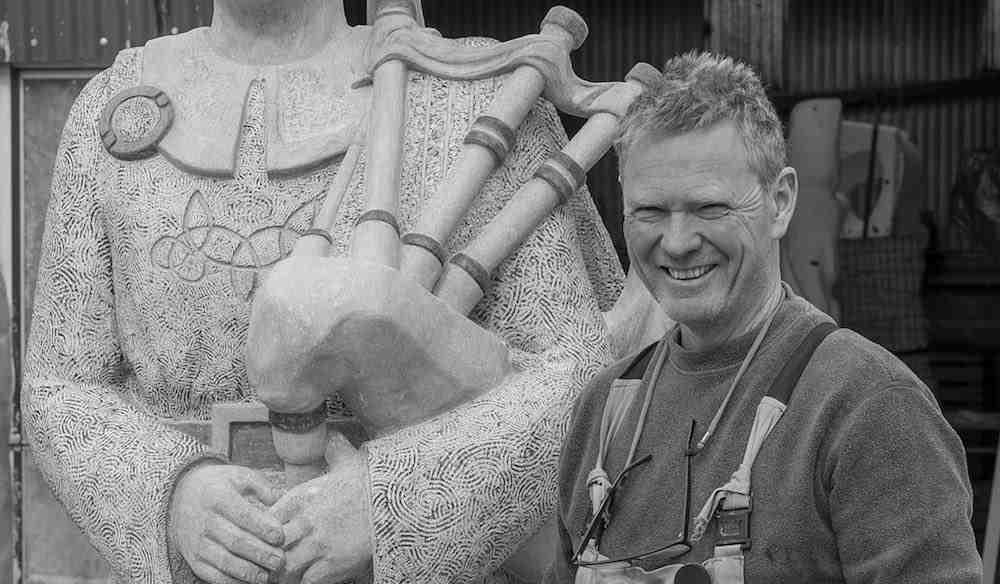 sculptor-artist-Paul_DArcy